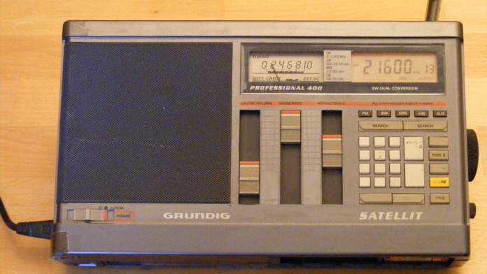 grundig_satellit_professional_400