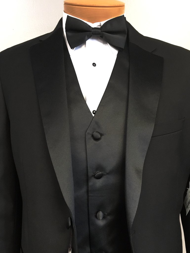 Tips On How To Wear Suits or Tuxedos