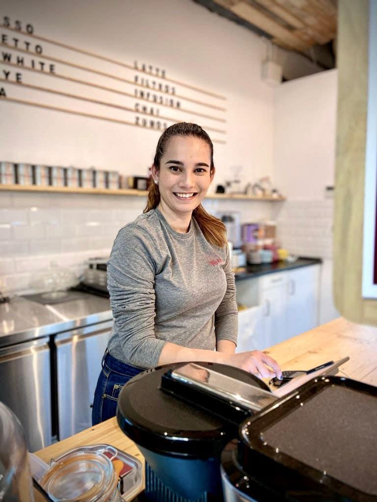 Laura-Lozano-makondo-coffee