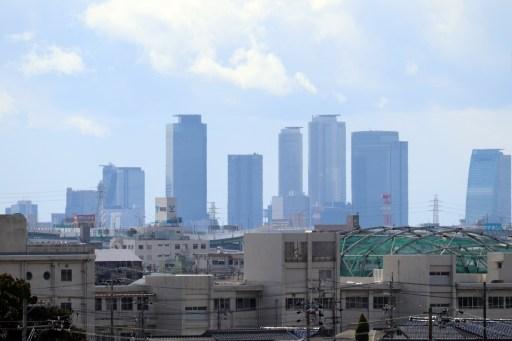 名古屋飛行場からの名古屋中心部のビル群