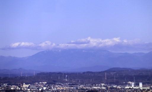 138タワーパーク2の展望デッキから恵那山01
