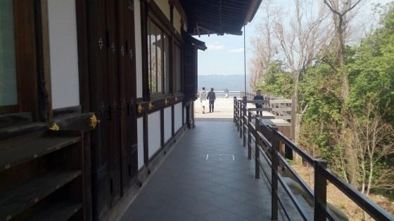 将軍塚の青龍殿側道01