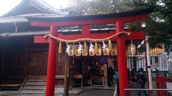 千代保の稲荷神社参拝所02