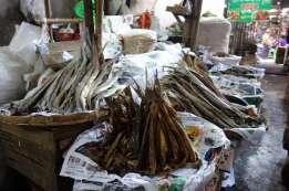 PyayのマーケットとShwesandaw Pagoda