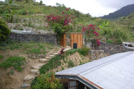 Mainit 温泉, Geston Mineral Spring Resort