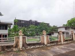 建設放棄ビル