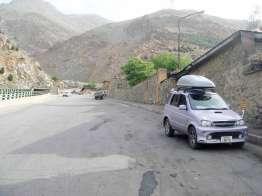 テヘラン郊外のキャンプ地