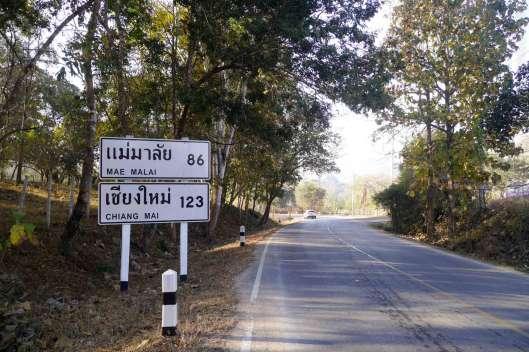 Pai to Chiang Mai 123km。 バイクで寒い。