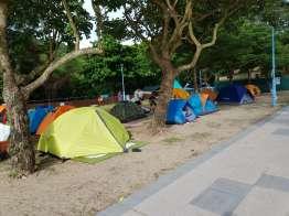 Pui O beach camping