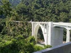 Coronation 橋