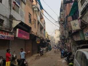 Diwali 花火、爆竹のゴミも