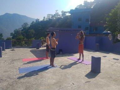Dhamanda Guest House の屋上で