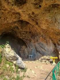 アメリカ軍に爆撃されたピュー洞窟避難民1968年:ポンサワン