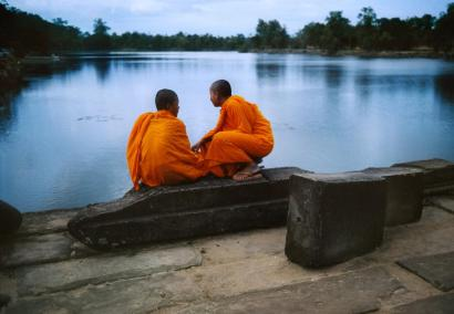 Steve McCurry,CAMBODIA. Angkor. 1997. Entrance causeway that takes one across the wide moat to Angkor Wat Temple.