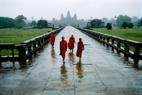 Steve McCurry,CAMBODIA. Angkor. Angkor Wat. 1999.