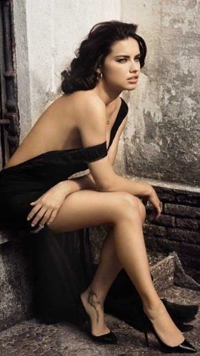 Adriana-Lima-44