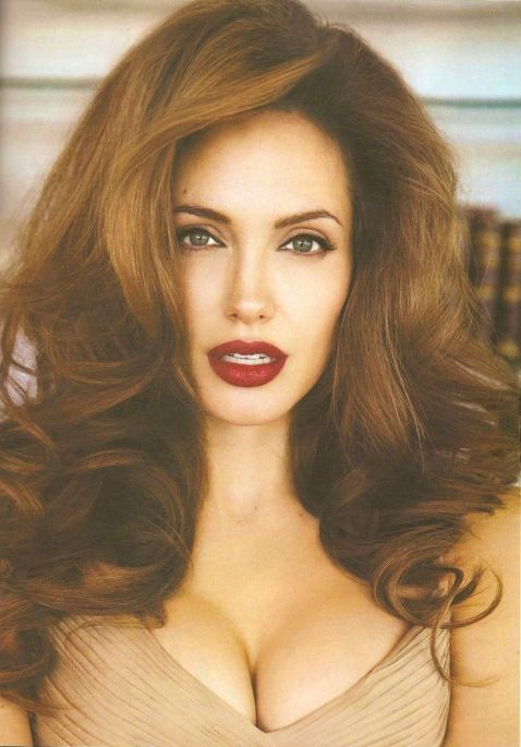 Angelina-Jolie-60