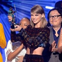 2015-mtv-vma-taylor-swift