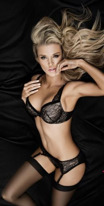 joanna-krupa-photos-40