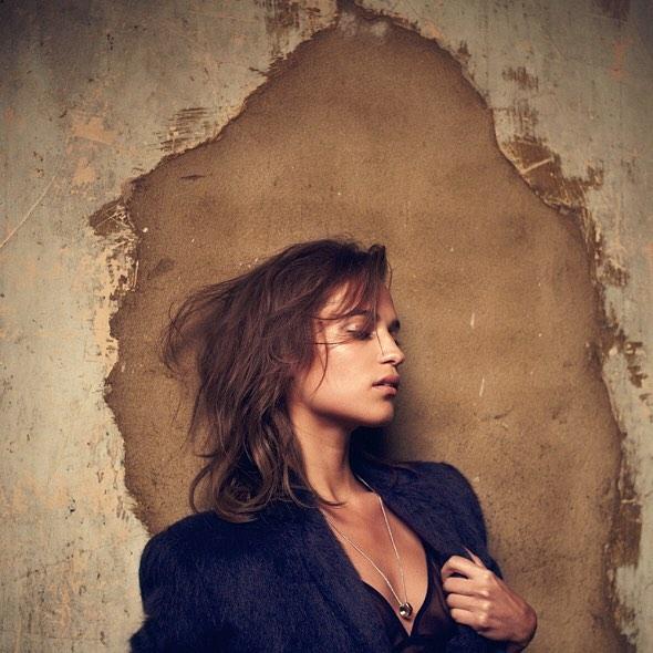 Alicia-Vikander-Yeni-Fotograflari-7