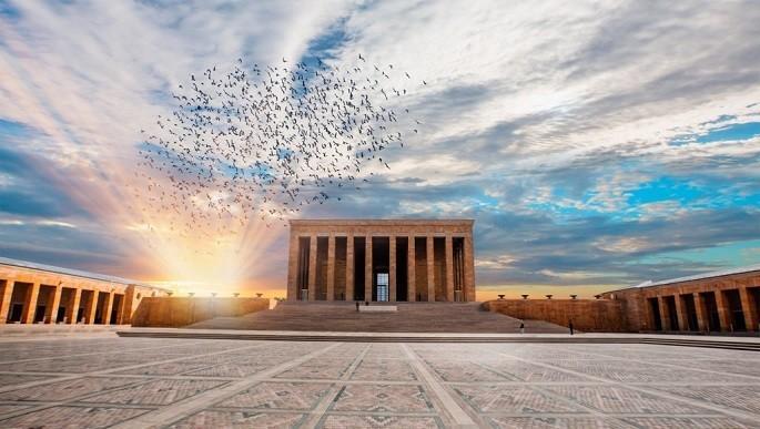 Anıtkabir Nasıl Yapılmıştır? İçerisinde Hangi Bölümler Vardır?