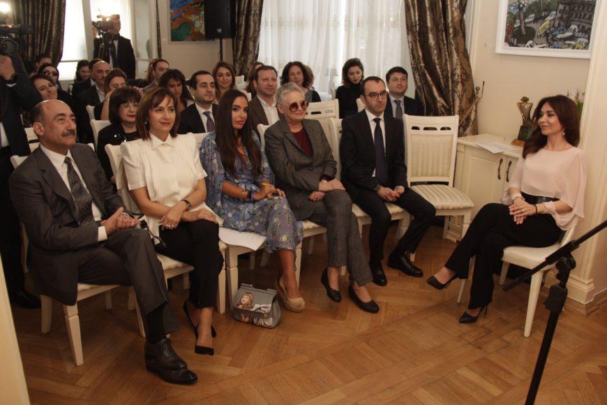 Центр творчества Максуда Ибрагимбекова принял первых гостей