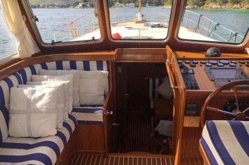 menorquin-yacht-sale-mallorca-llaut-port-soller-2