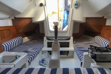 sailing-boat-for-sale-port-soller-beneteau-first-03