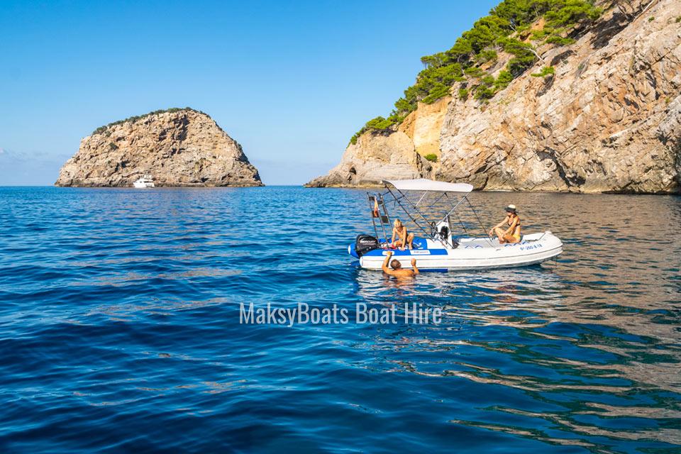 private-boat-hire-mallorca-port-soller-maksyboats