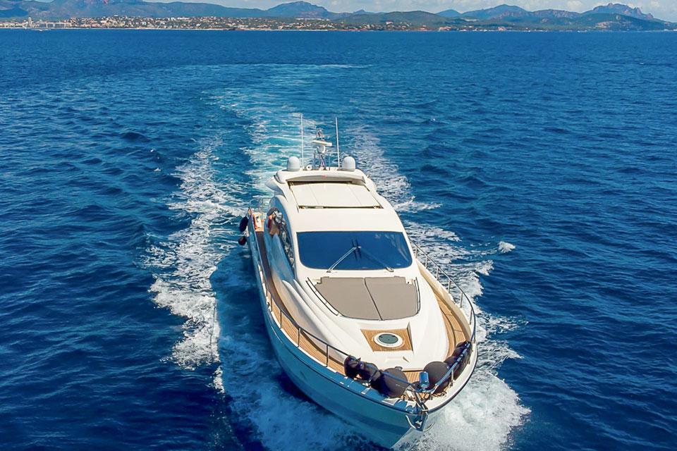 Yate de lujo Palma Mallorca Aicon 72 SL