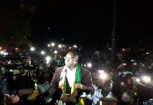 #ThisFlag Pastor Evan Mawarire is a FREE MAN - PICTURES