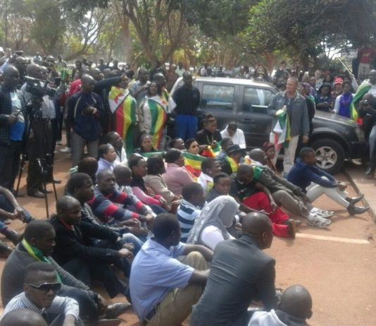 More pictures from the Court House - #FreePastorEvan #ZimShutDown2016 #ThisFlag