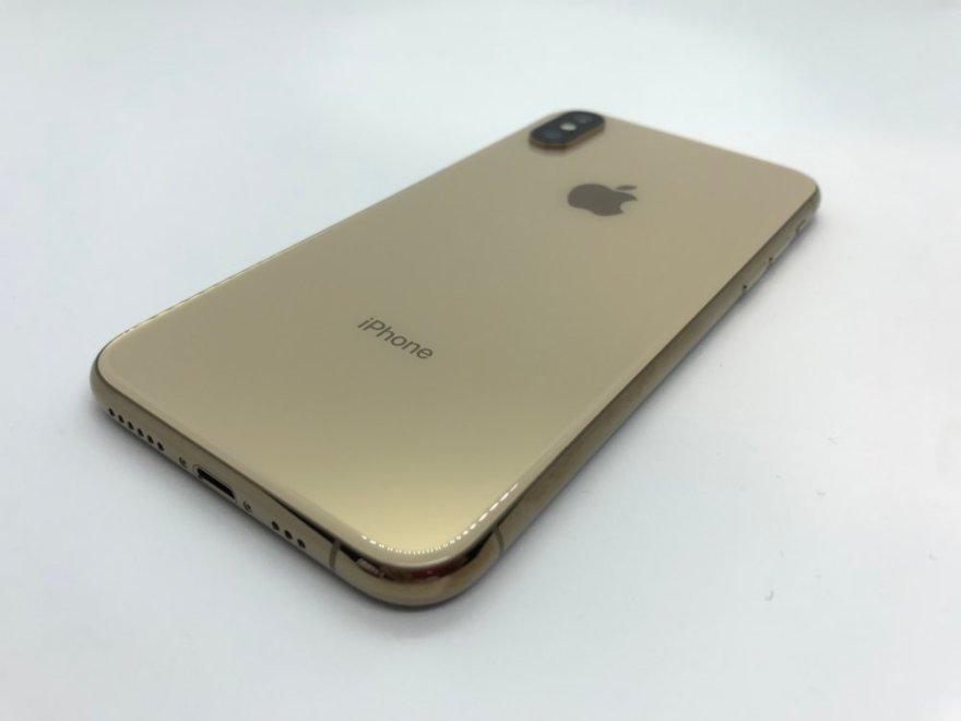 iPhone XSのベージュがかったゴールドは上質感たっぷり