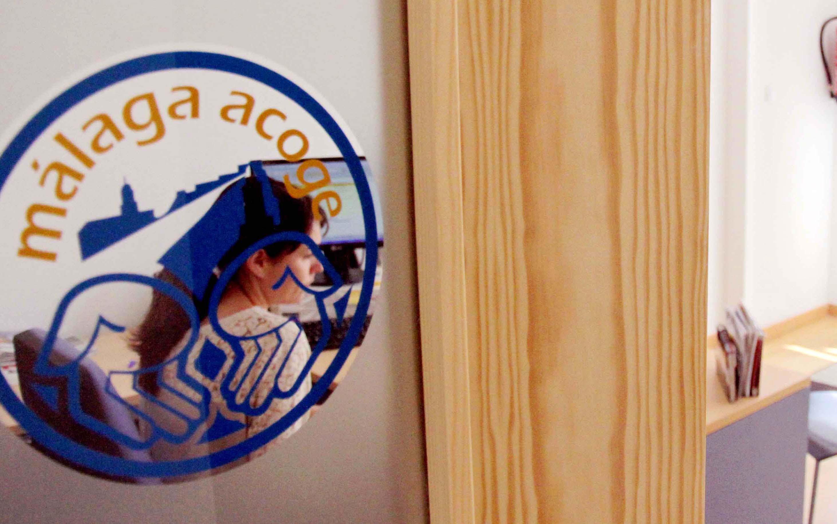 Málaga Acoge atiende a 758 personas inmigrantes en su sede de la Axarquía durante 2012