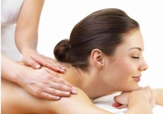 El cuerpo es el gran olvidado de los tratamientos cosméticos. Durante el invierno lo escondemos y durante el verano lo sometemos a todo tipo de agresiones.