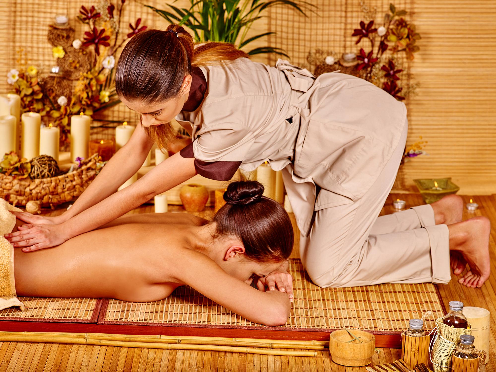 smallegade massage bamboo thai massage