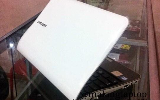 Netbook Bekas Samsung NF208