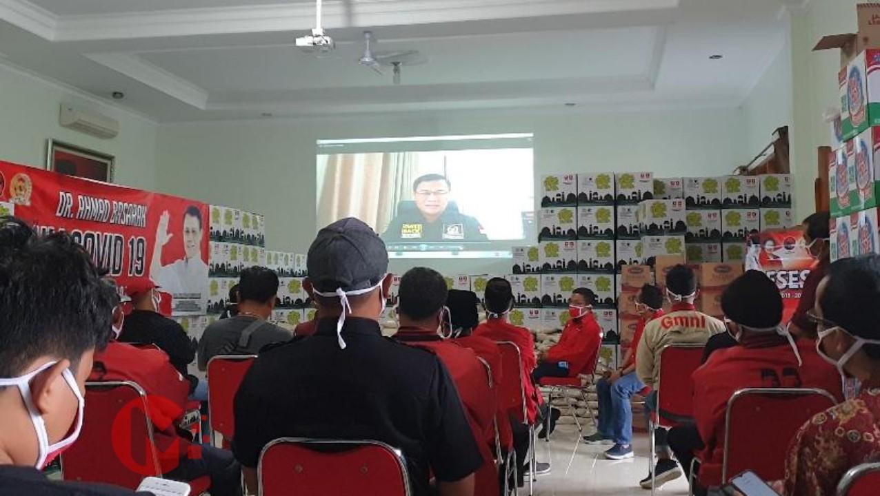 Foto : Ahmad Basarah saat lakukan reses virtual dan sampaikan pesan kepada Bupati Malang