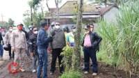 Foto : Bupati Malang lakukan peninjauan perbaikan jalan
