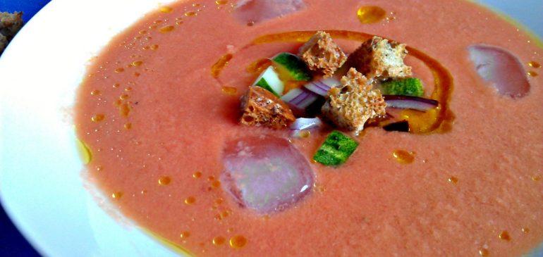 GAZPACHO – Španska hladna supa