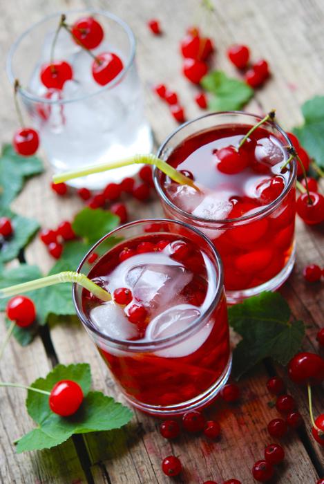 Napoje wiśniowe z lodem 7732b