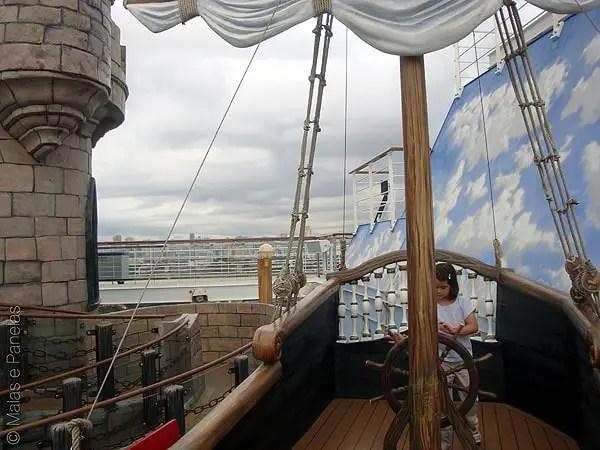 Costa Favolosa castelo e navio pirata