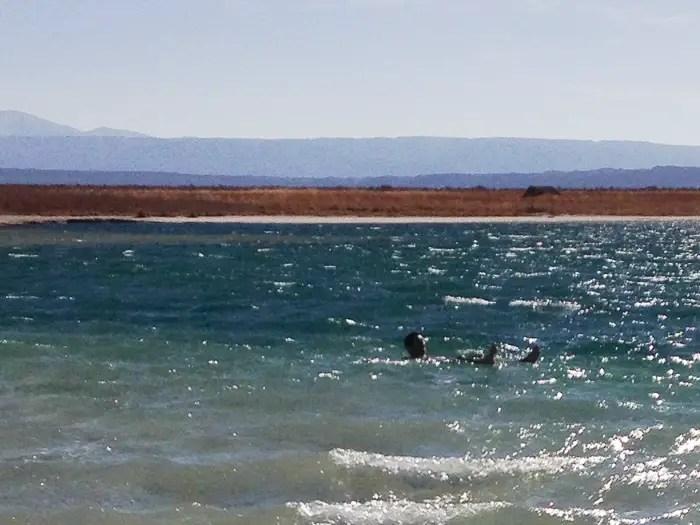 A prova de quem de nós efetivamente entrou na água :)