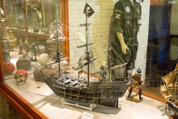 Cada do Capitão Jack - Canela | Malas e Panelas
