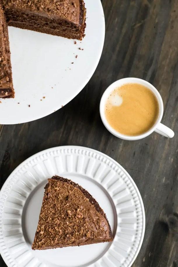 Bolo de Chocolate com Doce de Leite e Mousse de Chocolate | Malas e Panelas