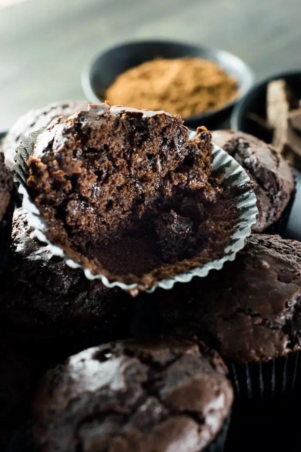 Muffins de Chocolate com Cacau | Malas e Panelas