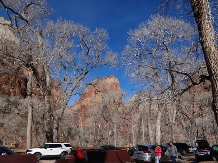 Estacionamento no início da trilha Angels Landing do Zion National Park