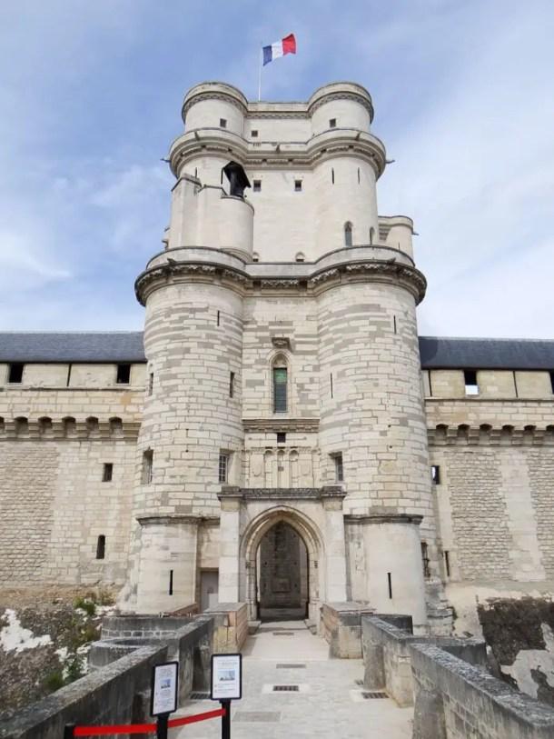 "16 Lugares para Visitar em Paris | Château de Vincennes | Malas e Panelas"" width="