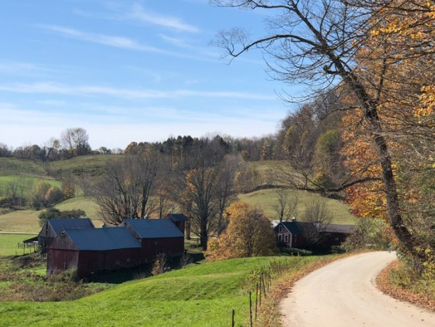 20 Great Places to Take Pictures in New England - Jenne Farm Viewpoint, Reading, Vermont | Travel Cook Tell