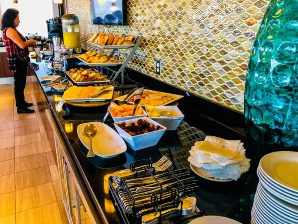 Café da manhã do Club Lounge do Sheraton Miami Airport